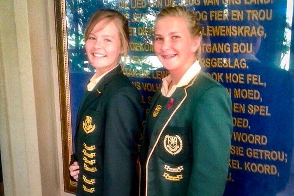 Melissa Hibbert en Rebekka Barnard