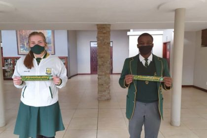 Keeping social distance isn't easy - Vryheid High School